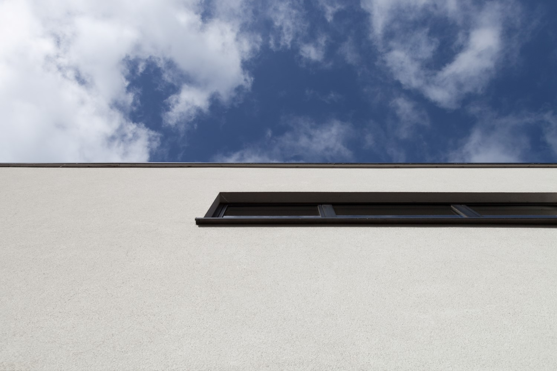 gevelbepleistering nieuwbouw hemel